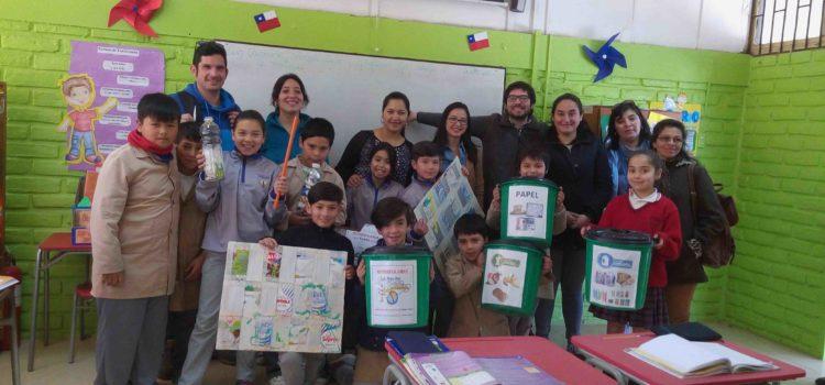 Comité medioambiental visita Escuela Lo Narváez